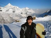 Гордый сноубордист- пока еще без шлема...