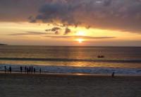 На пляже Джимбарана