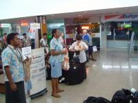 Нас встречают на фиджийской земле...